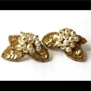 Sequins Pearl Gold Vintage Earrings